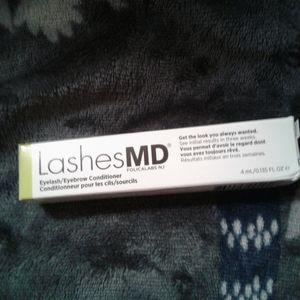Lash MD